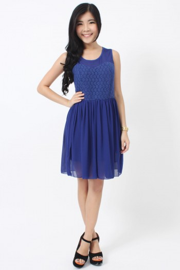 /1066-4639-thickbox/crochet-sweetheart-bib-dress.jpg