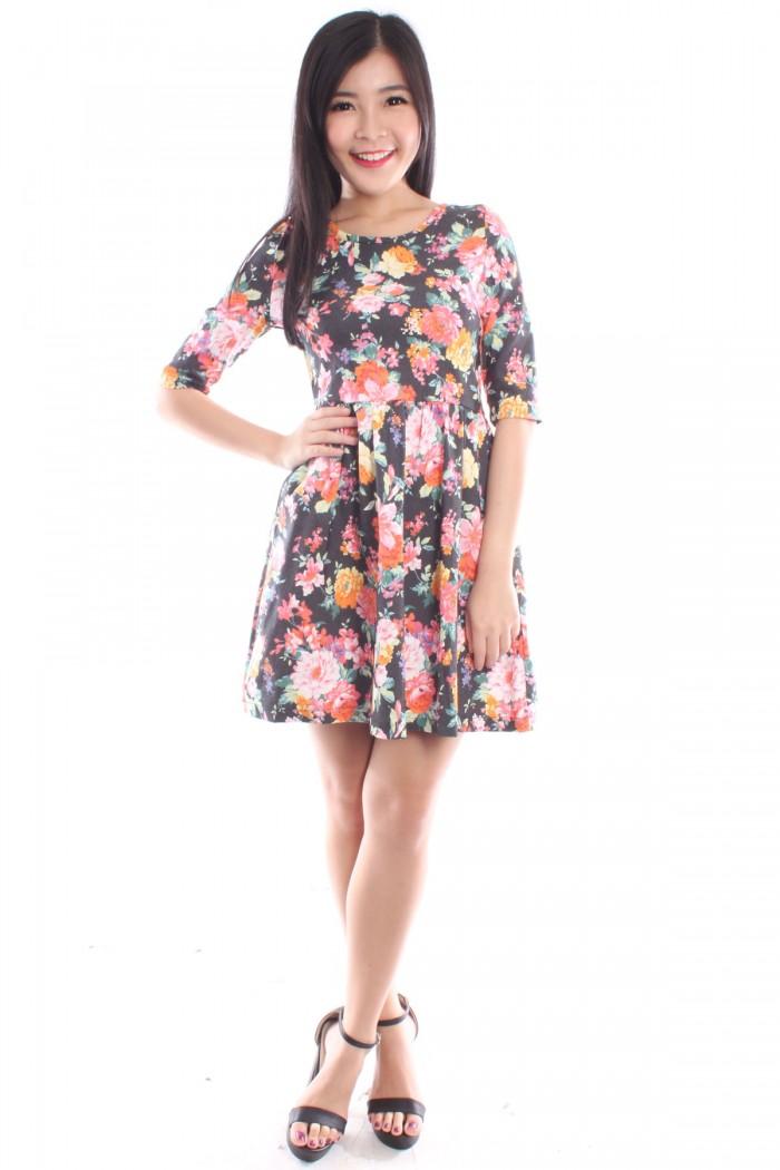 Half Sleeve Floral Skater Dress - The Label Junkie