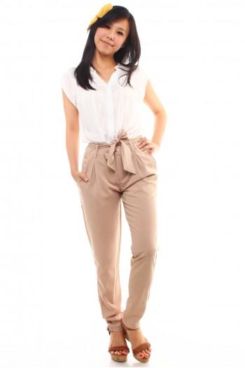 High Waist Pants in Sand