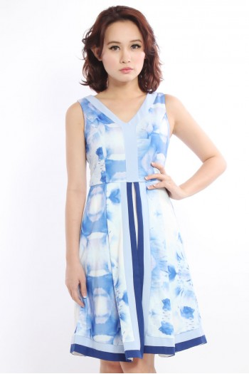 *PREMIUM* Abstract Flare Dress