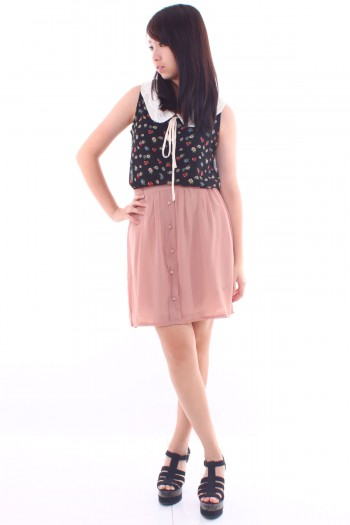 Button Pleated Skirt